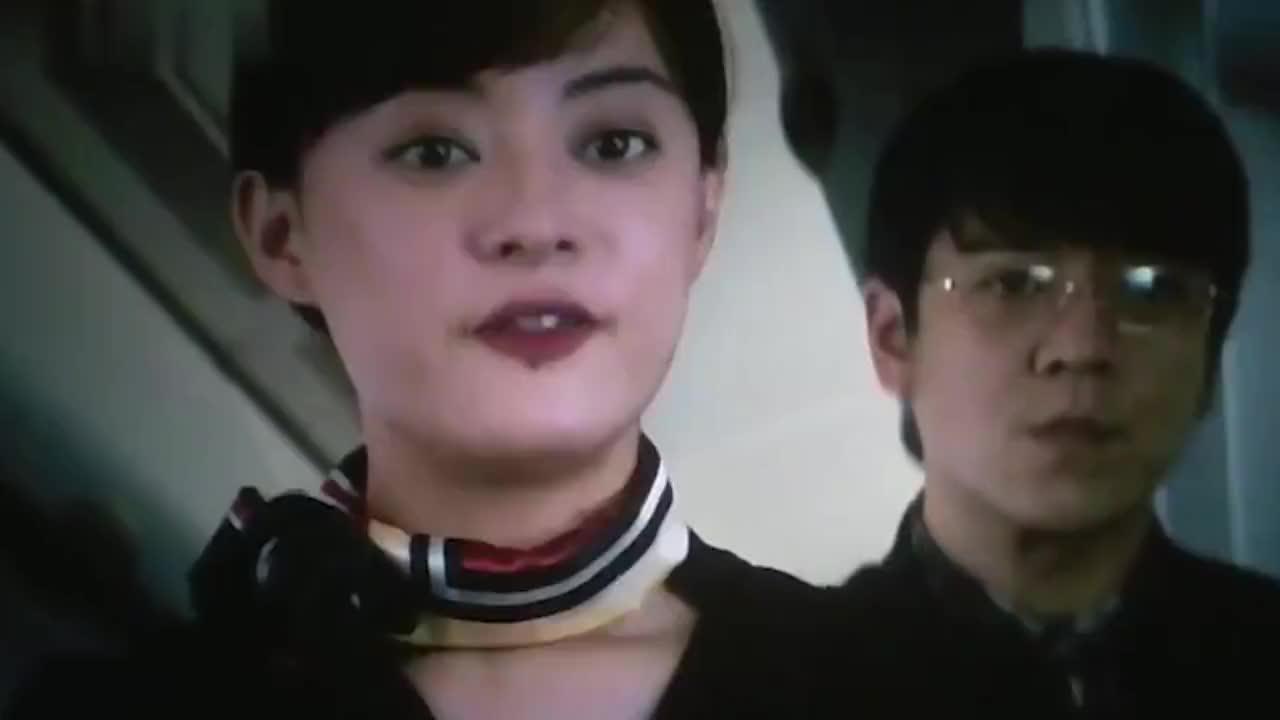 我和我的家乡:邓超在飞机上狂撩孙俪这幕,闫妮哭笑不得,太逗了