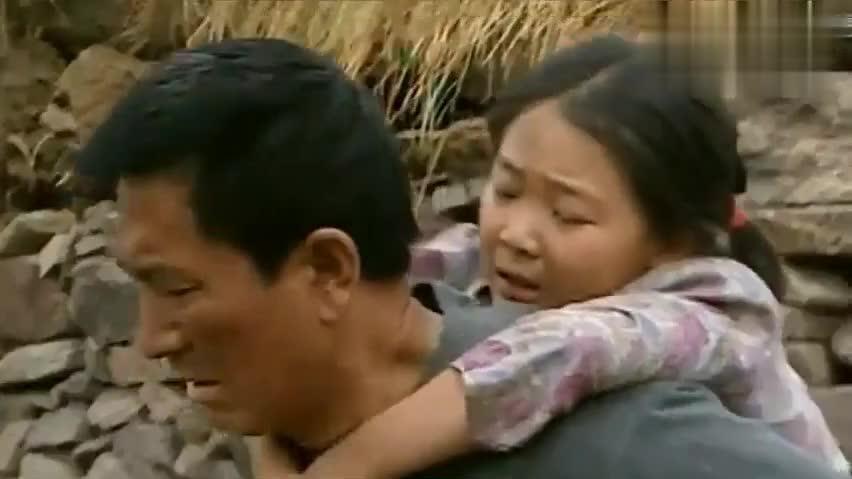暖春:一夜之间爹娘都去世了,小花哭的撕心裂肺,太可怜了!
