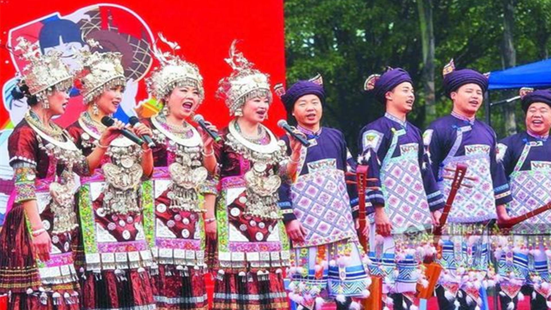 在中国,一些少数民族依然保留母系社会的传统,很多做法难以置信
