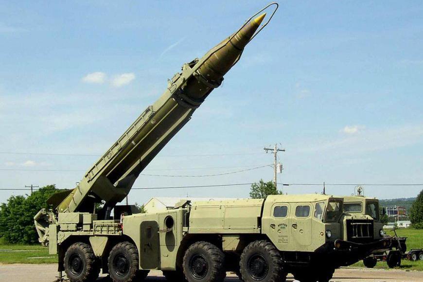 天降横财!哈夫塔尔士兵发现卡扎菲秘密军火库:内藏导弹和坦克