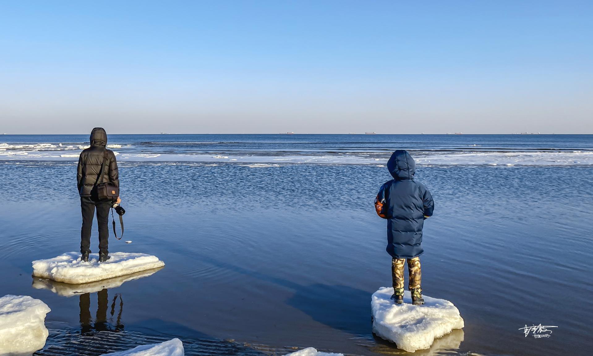 一半海水一半冰面,北方独有的冻海奇观像极了童话世界