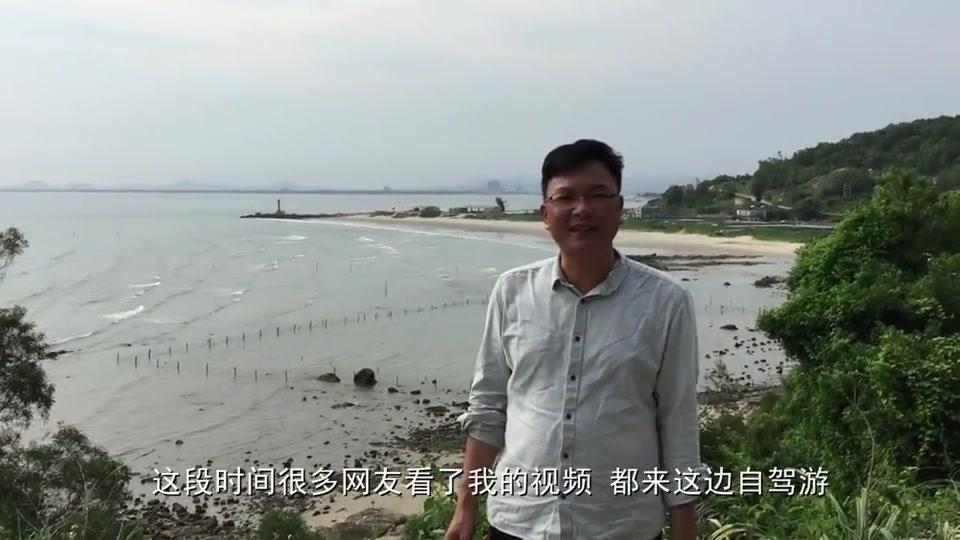 广东大叔赶海抓螃蟹,结果遇到螺窝又大收获,几十块一斤的随便捡