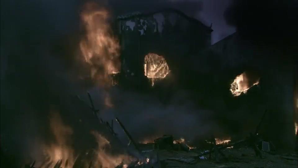 长沙大火持续两天两夜,五万六千多房屋被烧毁,百姓更是伤亡惨重