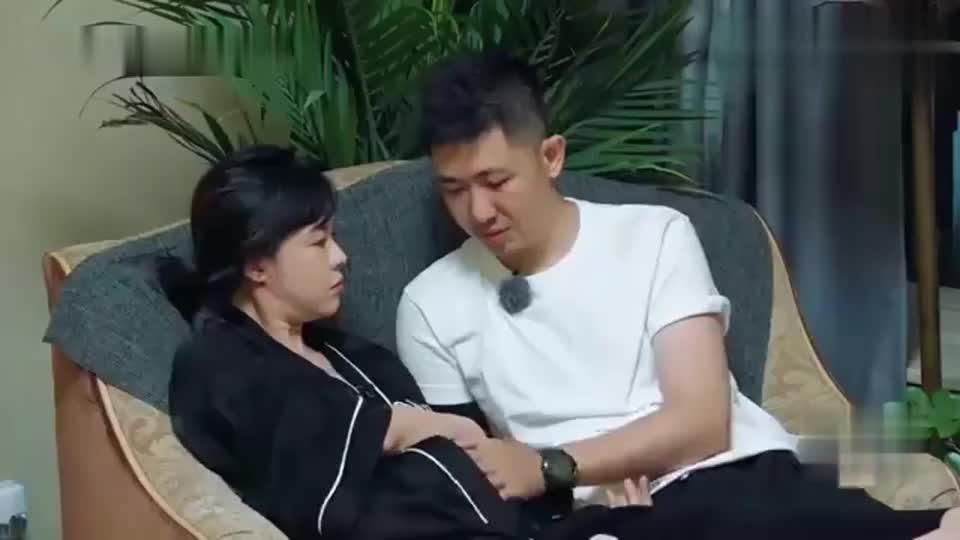 新生日记:李艾被年龄所困扰,一句话太让人心疼了
