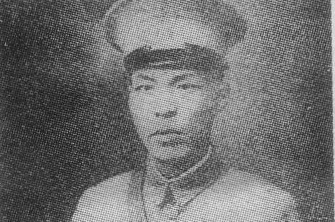 他连降4级进入黄埔一期,曾任七省水警局长,死后被追赠一级上将