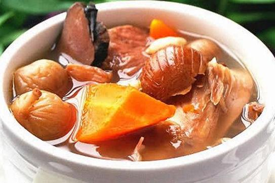 冬天多吃这三种煲汤,养血润燥,滋补强身,女性朋友更应该多吃
