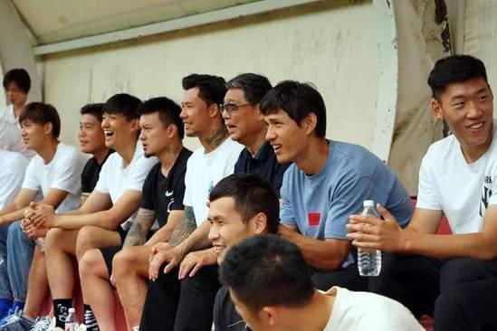 武磊周记:怀念崇明岛的快乐时光和一起长大的兄弟们