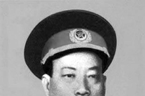 解放战争时期,王震第一兵团三个军长都是谁?后来是什么军衔?