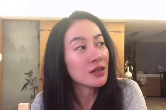 """叶璇:黄奕女儿满月酒见过黄毅清 女方亲友说他工作是""""没事干"""""""