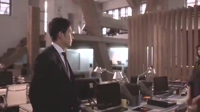 热剧何以:醋王以琛看见糖糖和老袁走在一同,脸瞬脸就黑了