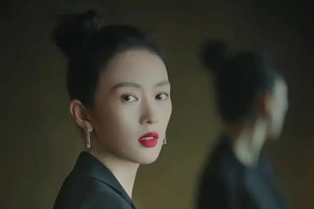 以专业课第一的成绩考入中戏,白玉兰奖最佳女配,让黄渤赞誉不绝
