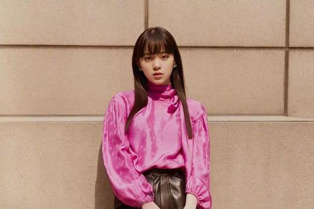 绸缎衬衫不愧是高级单品,欧阳娜娜、肯豆穿起来 都好好看