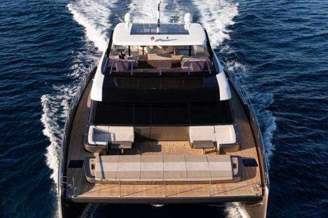 纳达尔的游艇,宝格丽都离不开Cantori家居,它有何魅力?