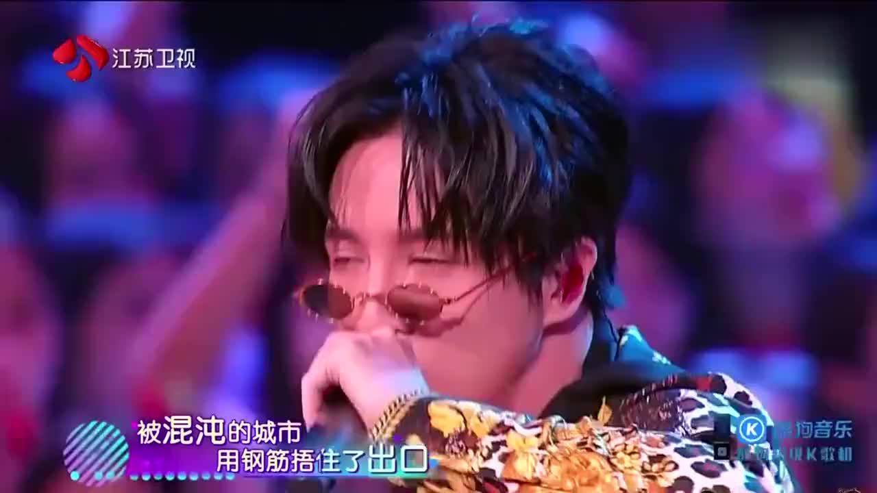 嗨唱起来:薛之谦刘丹萌《初学者》超强节奏引合唱!