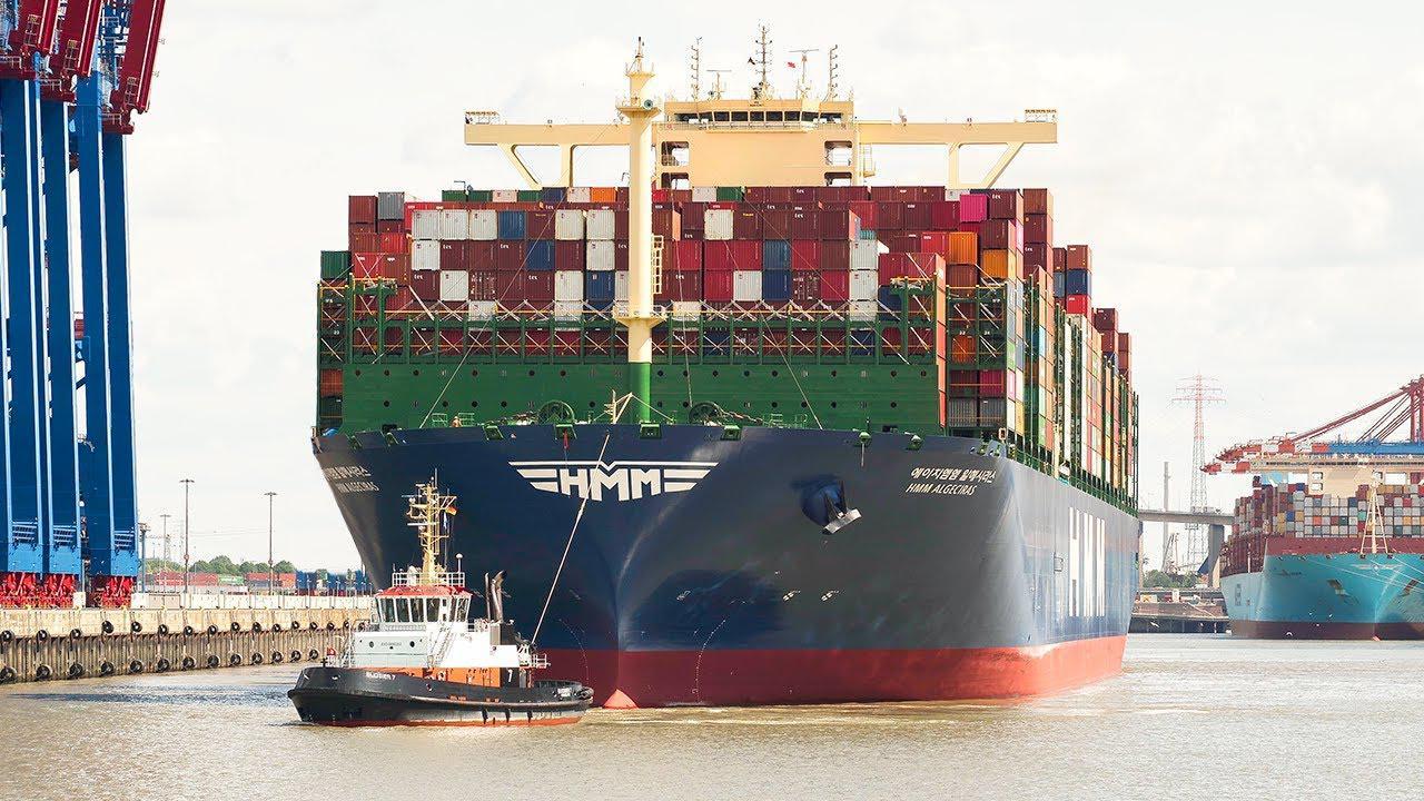 世界上最大的集装箱船,可装载23964个标准集装箱
