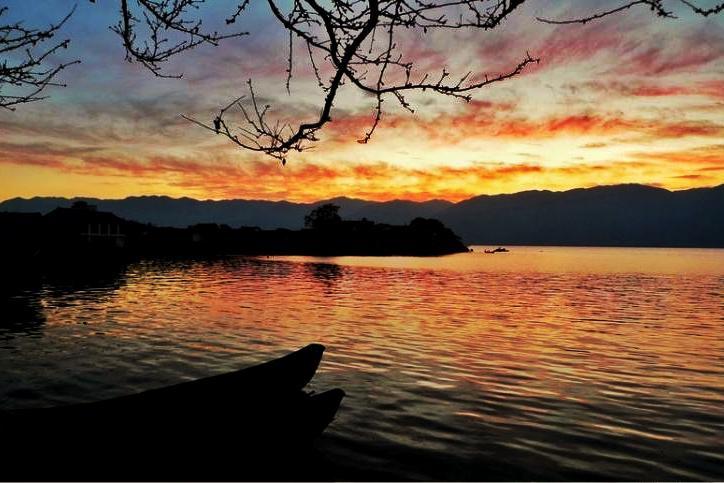 云南旅游如果只去一个地方,必是洱海,高原湖蓝到心碎