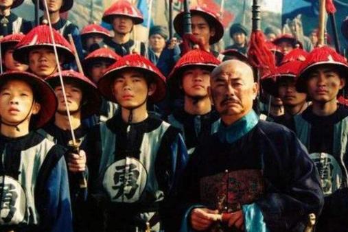 清朝立国276年内外战争多如牛毛,为什么没出一个像样的千古名将