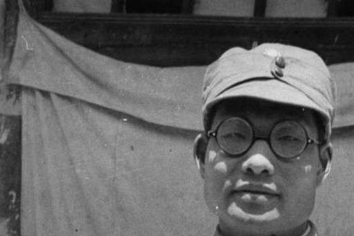 唯一给列宁守灵的中国人,曾让十万国军不战而降,后组建中国海军