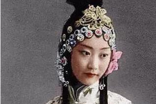 溥仪晚年为何拒绝美丽格格王敏彤,而选择李淑贤?生活平淡才是真