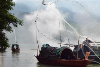 古代最大皇室灭门案,721名皇族离奇失踪,渔民:她们在鱼肚子里