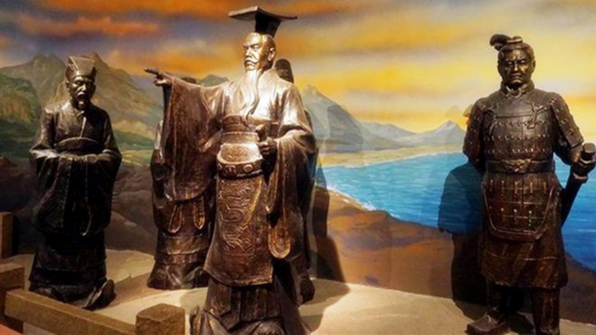 虽然秦朝没存在多久,但它建立了君主专制的框架,对后世影响深远