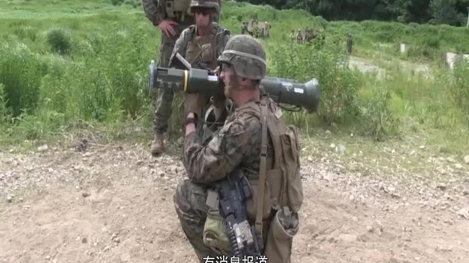 遭多轮火箭弹袭击后,美军终于撑不住了,被迫撤离多个重要基地