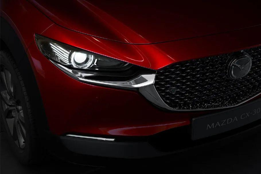 长安马自达CX-30售12.99万起,宝马新款5系官图发布…丨今日车闻