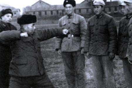 华东野战军第九纵队,两个司令员都是谁?1955年获得了什么军衔?