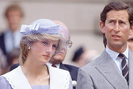 看康沃尔公爵夫人卡米拉绝版照片,你会明白为何她能有今天的地位