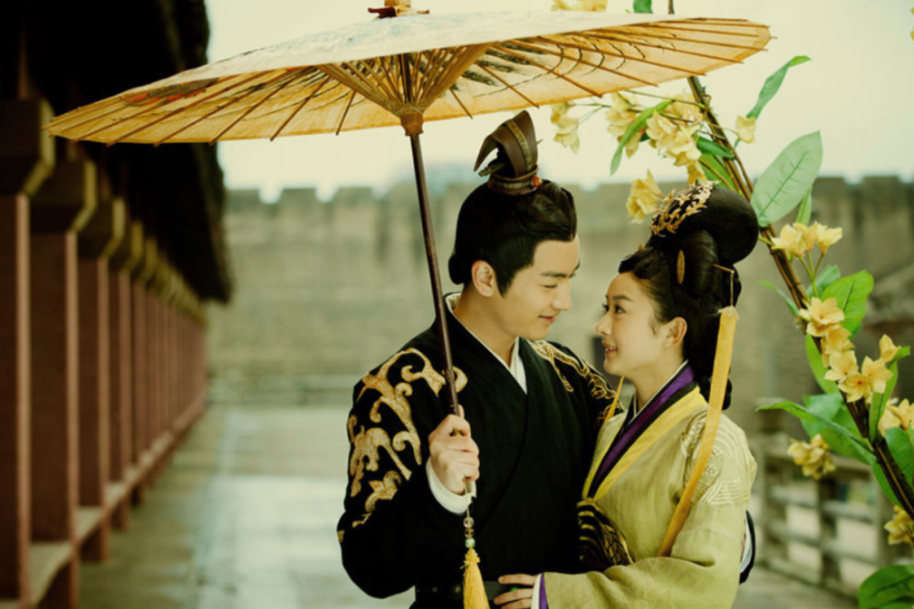陈晓擅长拍吻戏,和刘亦菲被热议,当年与赵丽颖更轰动