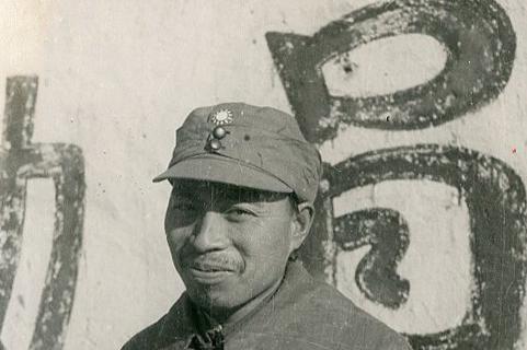 他是三杨之外的杨姓上将,长处不在战场而在后勤,被誉为后勤之父