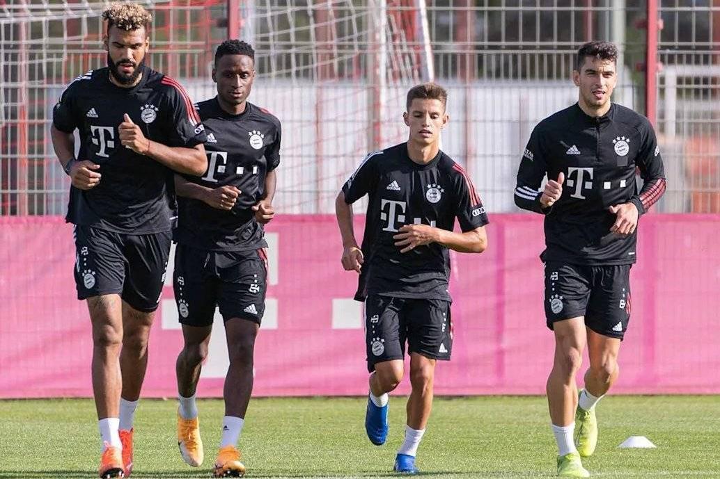 拜仁慕尼黑俱乐部4名新援丹塔斯、罗卡、莫廷与萨尔随队训练