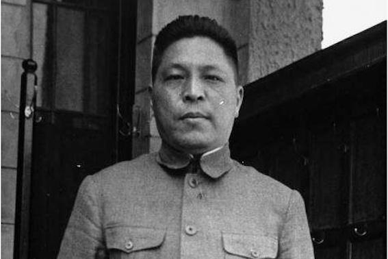 他是蒋介石五虎将之一,抗战一败成名转战商界,再没脸带兵打仗