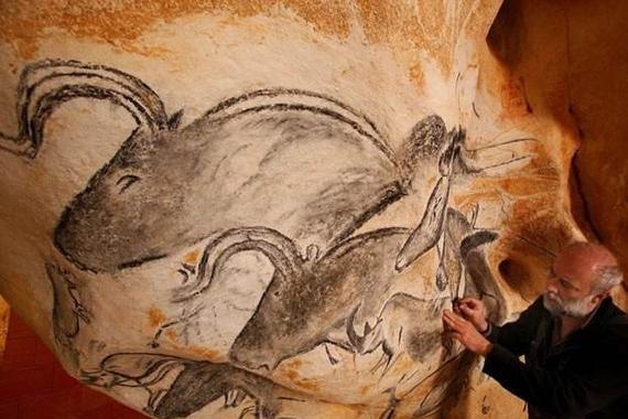 山洞发现神秘壁画,距今3.5万年,史前文明或许真的存在!