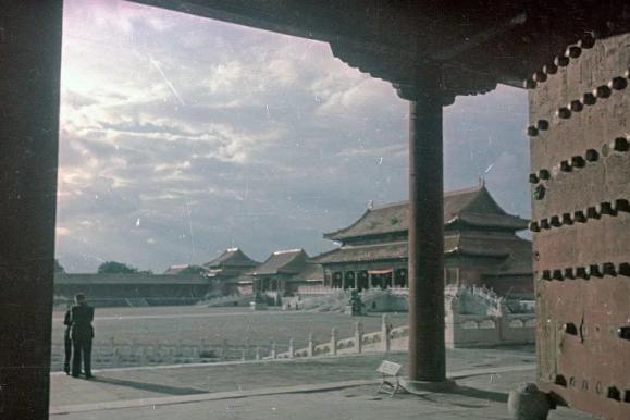 1949年北京金融战,收缴8亿多金圆券