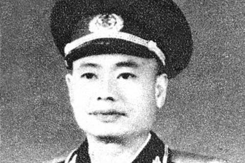在开国少将中,有一位叫林接彪,是新中国空军事业的奠基人之一