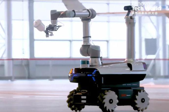 联想首款自研工业机器人,可自主学习,历时一年打造,科幻感爆棚