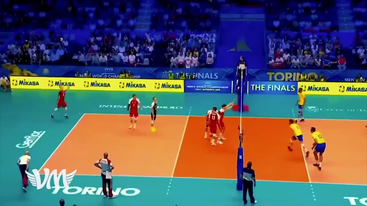 重温经典!2018男排世锦赛波兰横扫黄衫军成功卫冕!