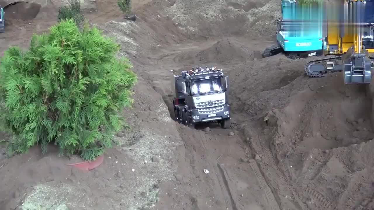 卡车模型,结果装的太多,跑不动了!