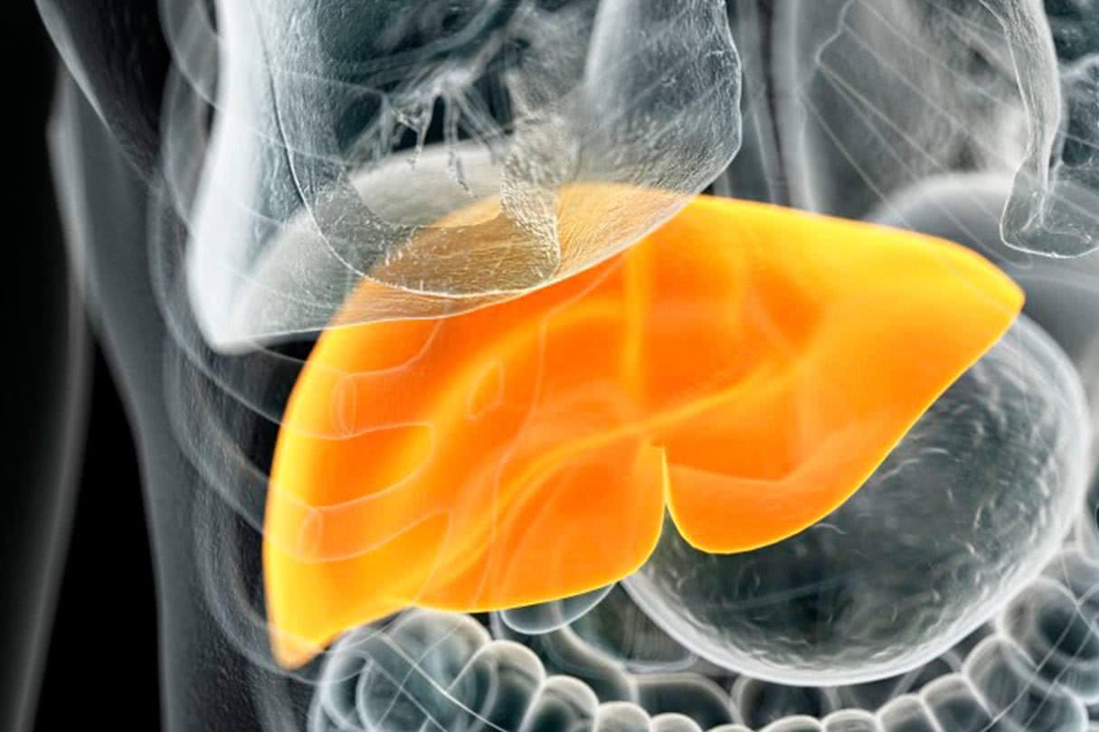 肝不好的人,日常多吃4物做好1事,排出毒素,肝病会好转