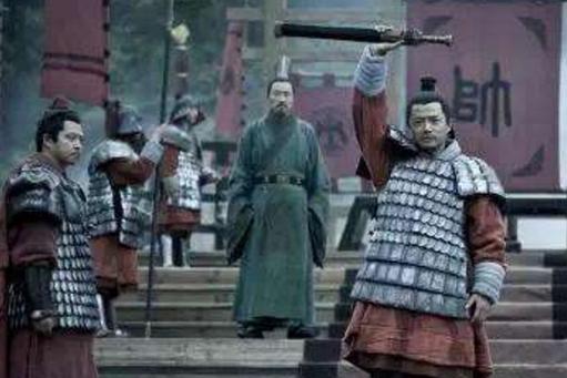 历史上如果韩信能够拥兵自立成功,他能不能击败善于用人的刘邦?