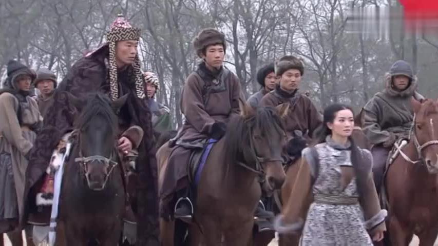 蒙古公主草原上一展马术,在众的汉子们都比不过,巾帼不让须眉啊