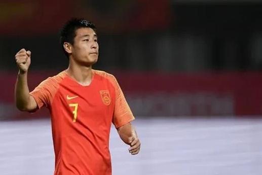 亚体育足球新闻:中超球员工资在世界足球职业联赛中排名如何