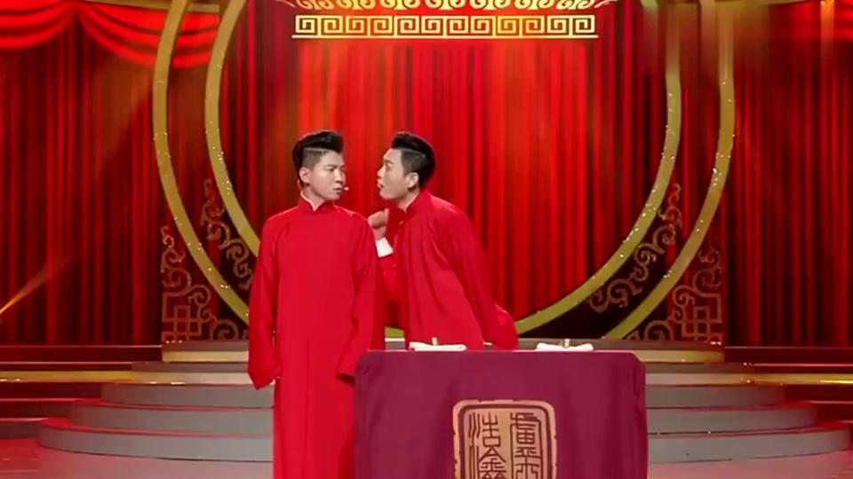 """玉浩模仿朱婷的""""王之蔑视"""",卢鑫吐槽:我都从你鼻孔看见胃了!"""