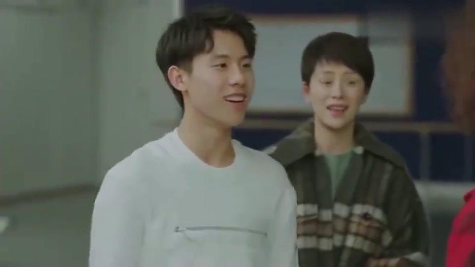 小欢喜:童文洁给方一凡请艺考老师,随便来段街舞,爸妈看傻!