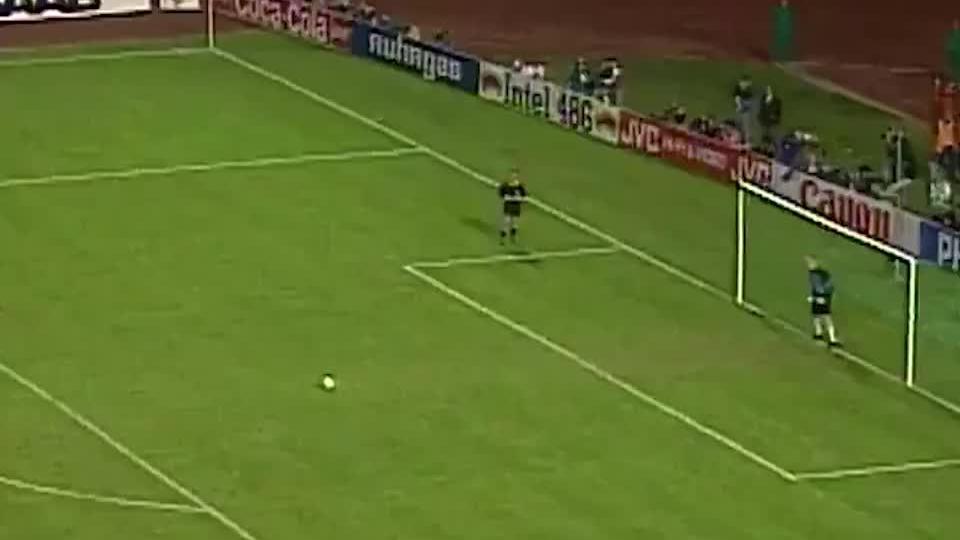 舒梅切尔92年欧洲杯个人精彩扑救集锦,曼联门神一夫当关万夫莫开