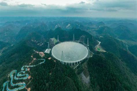 """当初的世界""""天眼""""射电望远镜,为何如今却像个""""废弃垃圾场""""?"""