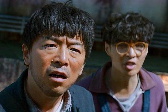 张艺兴长文感谢黄渤,给虾仁倒醋,带他演电影,网友:神仙友谊