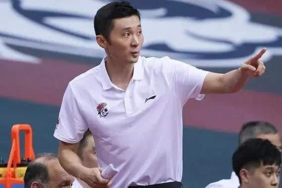 刘炜正式下课!CBA冠军球队更换主教练,曝灰熊队助教有望加盟