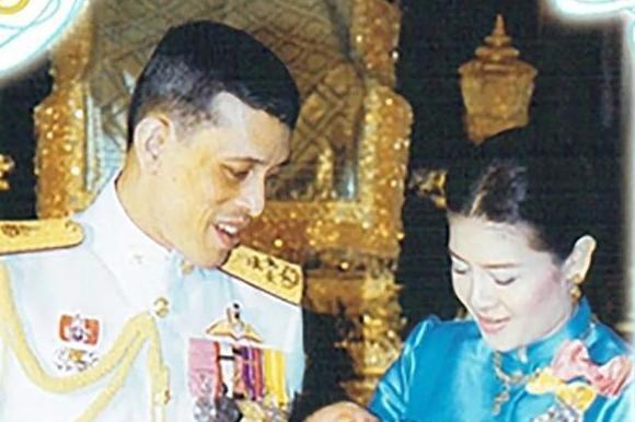 有一种父子情深叫玛哈国王和提帮功王子,一组老照片见证玄机